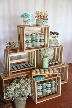 Planning your breakfast at tiffanys wedding shower party, here 25 ideas to copy 13 Baby Shower Themes, Baby Boy Shower, Shower Ideas, Baby Shower Vintage, Rustic Baby, Rustic Wedding, Wedding Decor, Candy Table, Wood Pallets