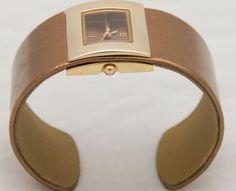 Relógio Fóssil dourado R$55.00