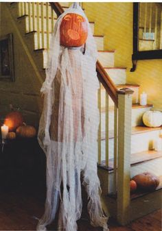 Great idea for a creepy Halloween prop. I love this!