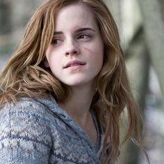 The fearless and extremely brave one and only hermione granger aka emma watson. My inspiration Photo Harry Potter, Images Harry Potter, Harry James Potter, Harry Potter Aesthetic, Harry Potter Universal, Harry Potter Fandom, Harry Potter Characters, Hogwarts, Emma Watson Beautiful