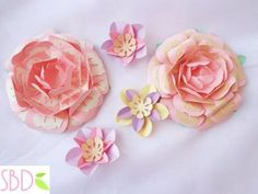 Fiori di carta New style tutorial e modelli - Paper flowers New Style templates - Paperblog Easter Holidays, Scrapbook, Paper Flowers, Embellishments, Paper Crafts, Templates, Crafty, Fabric, Cards