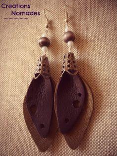 Boucles d'oreille en cuir Feuille de cuir Violet et Taupe : Boucles d'oreille par creations-nomades