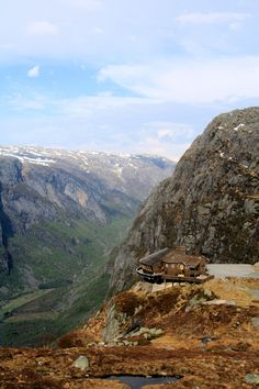 Restaurant at Kjerag, Norway i want to eat there...