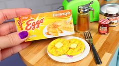 DIY American Girl Waffles We crafted another doll food item and it's perfect to put in your dolls freezer. We made the Eggo frozen waffles, but we may have to make homemade waffles soon and craft a w. Cosas American Girl, American Girl Food, American Girl House, American Girl Crafts, American Girl Clothes, Hobbies For Girls, Crafts For Girls, Doll Crafts, Diy Doll