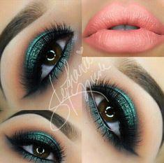 Green magic nude lips