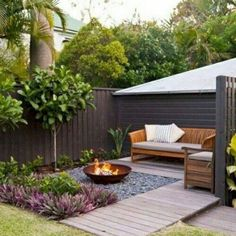 Chic Small Courtyard Garden Design Ideas For You. You can make your home much more unique with backyard patio designs. You are able to turn your backyard into a state like your dreams. You won't have any difficulty now with backyard patio ideas. Small Garden Landscape Design, Small Backyard Design, Backyard Seating, Backyard Patio Designs, Small Backyard Landscaping, Garden Seating, Outdoor Seating, Landscape Designs, Landscaping Design