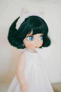 Repaint Disney Animators Collection Snowwhite by Windmill Butterfly, via Flickr