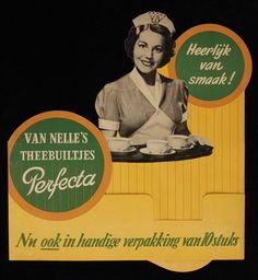"""kartonnen reclamebord """"Perfecta"""" theebuiltjes Van Nelle met Nellie"""