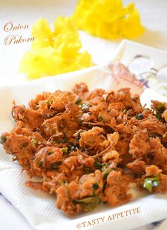 home crispy onion fritters / pakoras  step by step recipe  http://www.tastyappetite.net/2012/09/how-to-make-crispy-onion-pakora-at-home.html