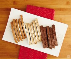 Christmas tradition: Homemade Biscotti - Think. Biscotti Cookies, Biscotti Recipe, Bar Cookies, Christmas Deserts, Christmas Traditions, Christmas Ideas, Xmas, Breakfast Popsicles, Italian Cookies