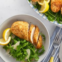 Need a new way to cook chicken? Try Hidden Valley's Crunchy Baked Ranch Chicken, guaranteed to please the whole family! Baked Ranch Chicken, Ranch Chicken Recipes, Chicken Recipes Video, Parmesan Crusted Chicken, Chicken Bacon, Crack Chicken, Hasselback Chicken, Chicken Dips, Chicken Fajitas