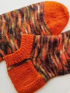 Handicraft, Fingerless Gloves, Arm Warmers, Ravelry, Slippers, Stitch, Knitting, Crafts, Stuff To Buy