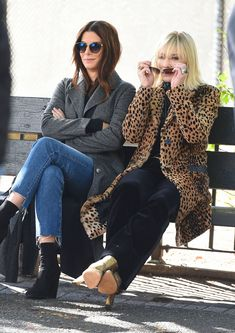 Sandra Bullock and Cate Blanchett begin filming Ocean's 8 movie Sandra Bullock, Cate Blanchett, Ocean 8 Movie, Dandy, Eight Movie, Ocean's Eight, Oceans 8, Quoi Porter, Powerful Women