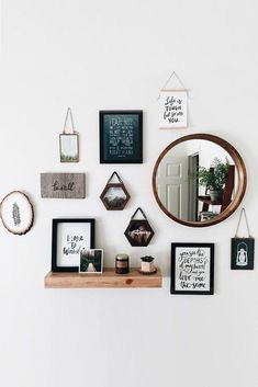 home decor diy Wall Decor Inspiration: Best Ideas How To Living Room Wall Decor - - home-decor - stylish wall decor for living room diy bedroom idea boho kitchen rustic modern famrhouse unique bohemian 15 - Creative Wall Decor, Creative Walls, Cute Wall Decor, Wall Decor With Mirrors, Wall Of Frames, Big Wall Decorations, Decor For Walls, Wall Decor With Pictures, Hipster Wall Decor