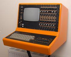 Movement MCS Percussion Computer MK2. Wow so retro, so cool.
