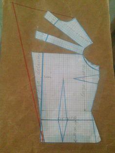 HOLA DE NUEVO. AQUÍ ESTOY OTRA VEZ.   REFLEXIÓN.   A VECES DEJAMOS DE LADO LO QUE OBTENEMOS CON FACILIDAD, POR DESEAR AQUELLO QUE NO ... Dress Sewing Patterns, Sewing Patterns Free, Sewing Tutorials, Clothing Patterns, Diy Clothing, Sewing Clothes, Design Your Own Clothes, Sewing Collars, Bodice Pattern