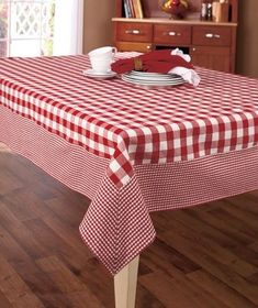 Kitchenware, Country Kitchen Decor & Kitchen Essentials - Sew and Sew - For the Home Country Kitchen, Diy Kitchen, Kitchen Decor, Kitchen White, Country Picnic, Country Decor, Country Style, Kitchen Essentials, Table Covers