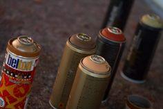 """""""Rotkäppchen vs. Der böse Wolf - Deutsche Romantik trifft Streetart""""    Der böse Wolf: Graffiti Session in der Tiefgarage Museum, Coffee Bottle, Brewing, Graffiti, Cold, Drinks, Angry Wolf, Underground Garage, October"""
