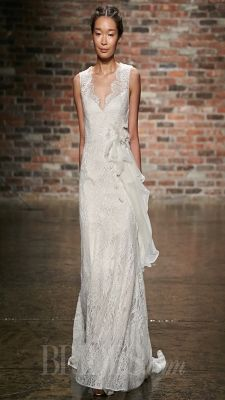 As an iconic, longtime staple of bridal design, lace hardly offers a surprise to the world of weddin