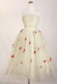Gorgeous Cream Tulle Valentine Wedding Dress by CoupContrecoup, $165.00