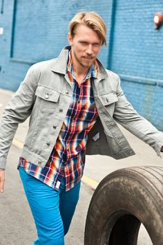 NAVY/RED PLAID SHIRT WITH SINGLE SHIRT POCKET WORE WITH MYKANOS BLUE ZIPPER FLY TROUSER POCKET CHINO.