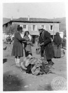 Kalavryta. Market scene. Dorothy Burr Thompson - Undated (Likely the 20's or 30's.)