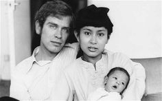 untold love story of Burma's Aung San Suu Kyi Michael Aris (died Aung San Suu Kyi and their first son Alexander, in what an amazing woman.Michael Aris (died Aung San Suu Kyi and their first son Alexander, in what an amazing woman.