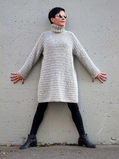 ARTEFAKTEJA ja ajatuksenpoikasia omⒶksi ja toistenkin ILOKSI ':D Pull Crochet, Crochet Tunic, Love Crochet, Crochet Clothes, Crochet Hooks, Knit Crochet, Knitting Patterns, Crochet Patterns, Lulu Love