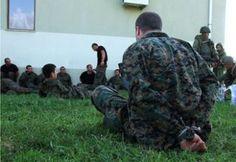 Российская правозащитница Елена Васильева сообщает о том, что несколько десятков украинских военных были перевезены в Россию. Солдат и офицеров, которых взяли в…