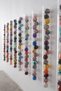 Super Easy, Super Ball Art DIY via Honesttonod.com