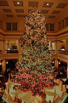 Walnut room christmas tree | walnut room christmas tree