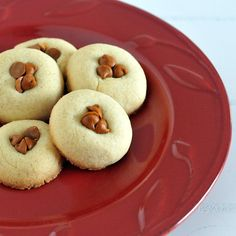 cinnamon chip Baileys cookies via @spabettie