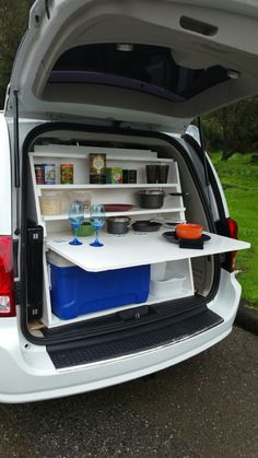 In pricey Bay Area, some turn to vans for cheap living quarters - camping - Minivan Camping, Truck Camping, Camping Glamping, Camping Hacks, Minivan Camper Conversion, Suv Camper, Sw4 Toyota, Motorhome, Astuces Camping-car