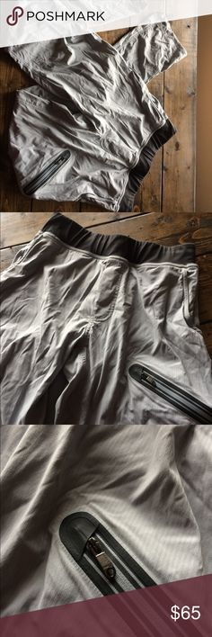 Lululemon Lined Gray Studio Pants Small YOGA Men's Lululemon Studio pants in gray and black. Size small with a 32/33 inch inseam. Waist measurement in photos. lululemon athletica Pants Sweatpants & Joggers