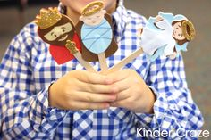 foam Nativity stick puppets are a great way for kids to retell the Christmas story in their own words!