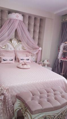 Pink Bedroom Design, Girl Bedroom Designs, Girls Bedroom Decorating, Dream Rooms, Dream Bedroom, Master Bedroom, Teen Bedroom, Master Suite, Teenage Bedrooms