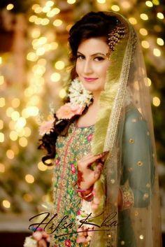 Bridal Anarkali Suits, Bridal Mehndi Dresses, Pakistani Wedding Dresses, Indian Dresses, Desi Wedding, Wedding Attire, Wedding Outfits, Bridal Looks, Bridal Make Up