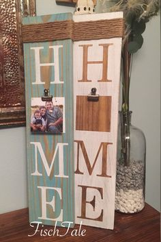 Picture Frame Sign - Welcome - Family sign - Home sign with family picture - Wooden home sign - home wooden sign - family is home crafts gifts crafts crafts Home Wooden Signs, Diy Wood Signs, Home Signs, Pallet Signs, Family Wooden Signs, Family Signs, Cadre Photo Diy, Arte Pallet, Picture Frame Crafts
