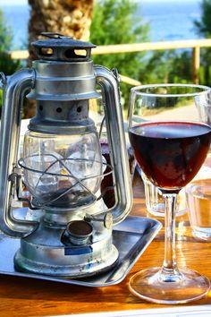 LILLA VILLA VITA Greek Islands, Lanterns, Coffee Maker, Kitchen Appliances, Crete, Greek Isles, Coffee Maker Machine, Diy Kitchen Appliances, Coffee Percolator