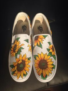 This specific wedding shoes looks totally excellent, must bear this in mind the next time I've got a bit of bucks saved. Painted Vans, Painted Shoes, Sock Shoes, Vans Shoes, Vans Sneakers, Sunflower Vans, Outfit Online, Cute Vans, Shoe Image