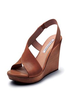 Sunny Leather Wedge In Brandy