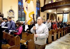 Bilingual Mass at St. Marys celebrates election of Pope Francis - York Dispatch