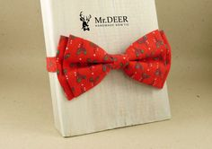 Red Christmas Bow Tie - Ready Tied Bow Tie - Adult Bow Tie - Mens bowtie - Groomsman, Wedding Bow Tie - Gift for Him - Mr.DEER
