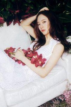 Asian Celebrities, Celebs, Krystal Jung Fashion, Stupid Girl, Jessica & Krystal, My Princess, Ulzzang Girl, Woman Crush, South Korean Girls