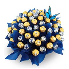 Dark Baci and Ferrero Sensation Chocolate Gift Arrangement ia a large arrangement filled with an assortment of 30 dark Baci chocolates and 30 Ferrero Rocher chocolates in a beautiful ceramic vase. Baci Chocolate, Chocolate Brands, Chocolate Gifts, Ferrero Rocher Bouquet, Ferrero Rocher Chocolates, Bouquet Box, Candy Bouquet, Chocolate Flowers, Chocolate Bouquet