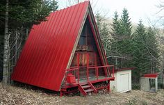 30 Amazing Tiny A-frame Houses | http://www.designrulz.com/design/2015/11/30-amazing-tiny-a-frame-houses/