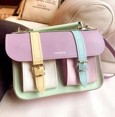 Grafea Backpack, Cute Mini Backpacks, Paris Outfits, Cute Bags, Homescreen, Purses And Handbags, Fashion Bags, Satchel, Packing Ideas