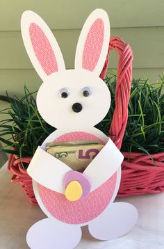 Listing is for one Kids Easter Gift Card Holder, Funny Easter Bunny Tag, Easter Basket Tag. Looking for a fun way to dress up an Easter