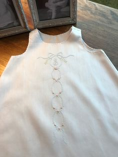 Infants c Infants cloth embroidery Baby Dress Clothes, Little Girl Dresses, Girls Dresses, Baby Embroidery, Embroidery Ideas, Baby Girl Patterns, Baby Gown, Christening Gowns, Heirloom Sewing