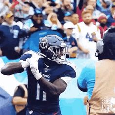 The perfect AjBrown TennesseeTitans Gone Animated GIF for your conversation. Discover and Share the best GIFs on Tenor. Titans Football, Nfl Football, Football Players, Football Uniforms, Football Helmets, Kansas City Chiefs Shirts, Tennessee Titans, Animated Gif, Brown